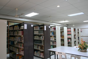 Library 087 b.jpg
